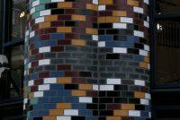 Blended glazed bricks