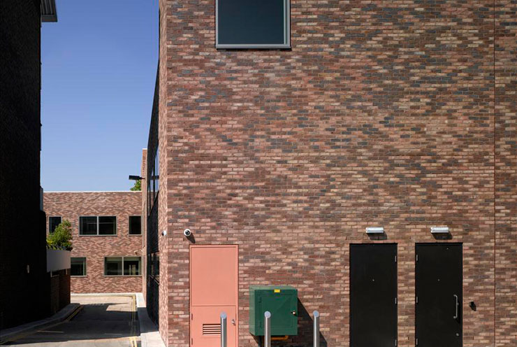Red multi blended waterstruck facing brick